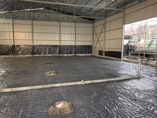 Армирование сеткой перед бетонированием