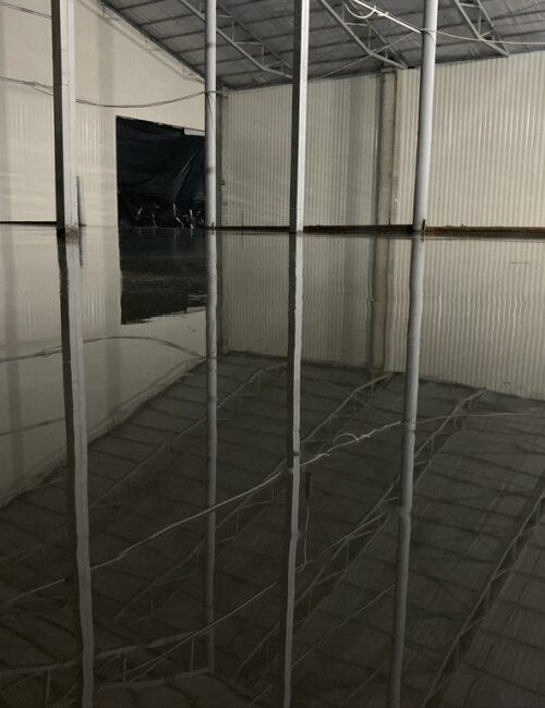 Готовый бетонный пол на автосервисе