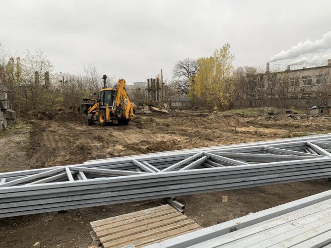 Начало подготовки площадки под склад